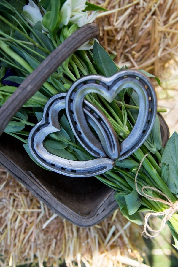 Linked hearts , wedding rental , horseshoe wedding ,equestrian gifts for her , rustic wedding