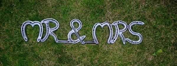 Horseshoe gift why are horseshoes lucky Christmas horse gifts horse gifts for girls personalised horse gifts gifts for horse lovers horse gifts party rental wedding decoration lucky horseshoe wedding gifts for her personalised words/names handmade from hosre shoes keepsake